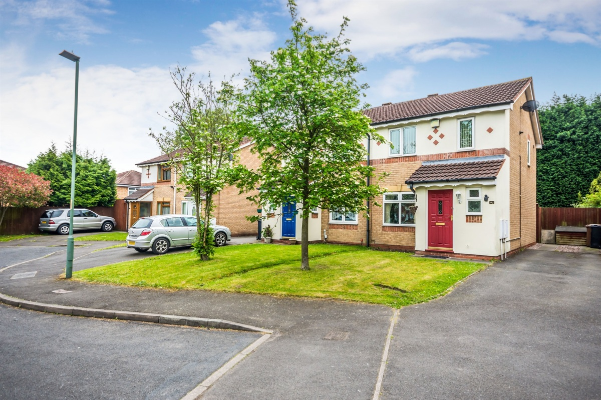 Today's BTL Deal 3 Bed Semi, New Forest Road, Walsall, WS3 Yields Of 5.21%.