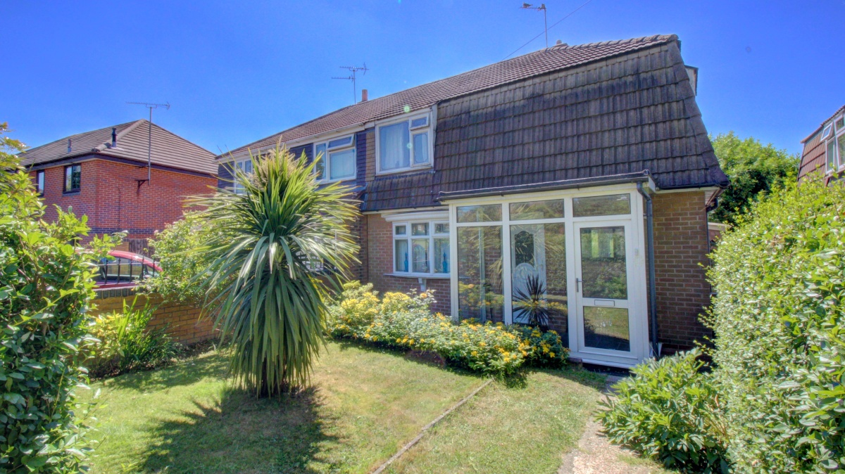 My BTL Deal Of The Day, 3 Bed Semi House, Larchwood Road, Walsall, WS5 With Yields Of 5.57%.