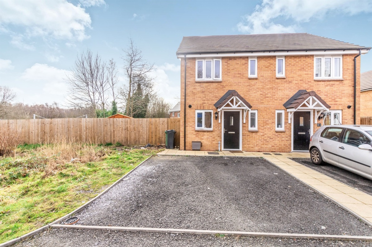 My BTL Deal of the Week 2 Bed Semi Mentor Close Walsall WS2 Yields 5.20%